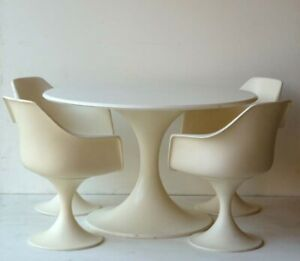 1960s by Play Space Age Design Modernism Table and 4 Chairs tulip