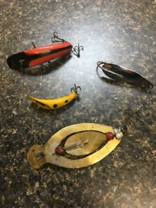 Vintage Fishing Lures And Spoons Extremely Rare Spinner Diver Top Water!!!