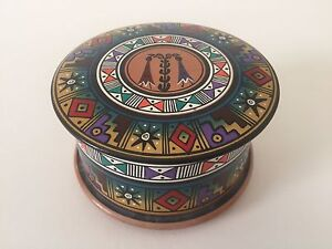 VINTAGE HANDCRAFTED PAINTED CERAMIC ROUND BOX WITH LID CUSCO PISAC PERU