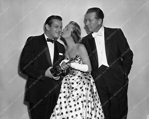 aa1958-29 1958 Oscars Andre Previn June Allyson Dick Powell Academy Awards aa195