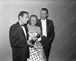 aa1958-40 1958 Oscars Andre Previn June Allyson Dick Powell Academy Awards aa195
