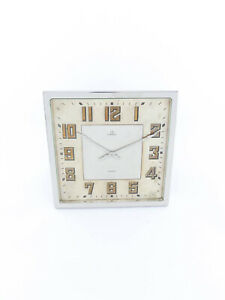 Extra fine & one-of-a-kind Omega table clock 8 day movement art deco design 30's