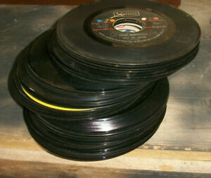 Lot of 100 45 rpm Vinyl Records for Crafts  Decoration 7