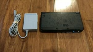 New Nintendo 3DS Super Mario Black Edition Console System W Charger READ