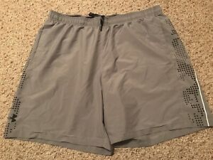 Mens Under Armour Shorts Size 2XL Loose Fit Heat Gear