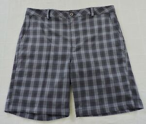 UNDER ARMOUR PERFORMANCE Mens Sz 38R Gray Plaid Flat Front Golf Shorts EXC