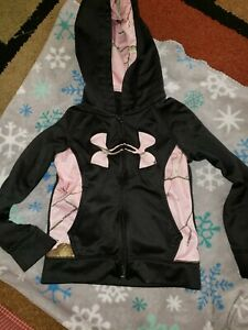 Girls Under Armour zip up hoodie sweat shirt black with pink camo outfit s5