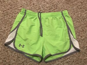 Girls Under Armour Loose Fit Heat Gear Youth XL Shorts