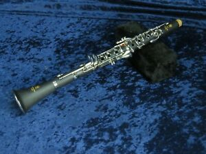 Yamaha YCL-250 Plastic Bb Clarinet Ser#20101150 Great Student Package wMPC