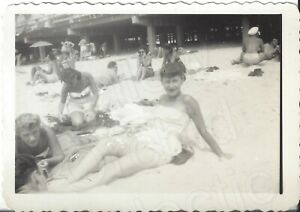 1949 Photo Pretty Young Woman Laying on Sand amp; Other People Rockaway Beach NY