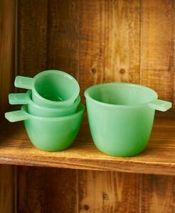 Vintage Country Kitchen Glass Accents Set of 4 Measuring Cups Nests for Storage
