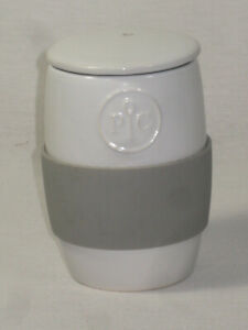 Pampered Chef Ceramic Egg Cooker with Lid