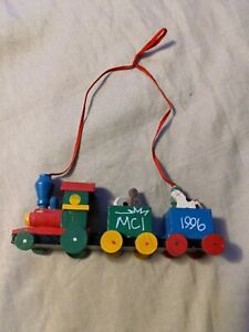 Traditional Wooden Wood Train Christmas Tree Hanging Decorations Ornament MCI 96