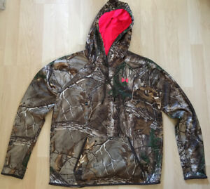 Women's Under Armour Camo Hoodie Large Pink Logo Realtree COLDGEAR NWT Size LG $59.95