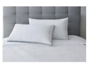 New 2 Pack King Size Bed Pillows 100% Egyptian Cotton Cover Comfortable Sleepin