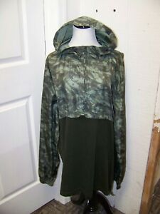 Men's Under Armour Fitted Half Zip Hooded Camo Long Sleeve Shirt Size XXL $14.99