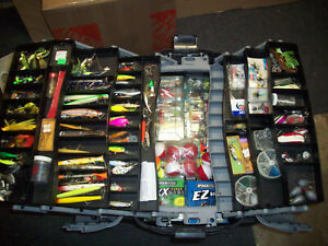 Huge Fishing Tackle Lot Lures Crankbaits Spoons Walleye Muskie Pike Bass Fly +++