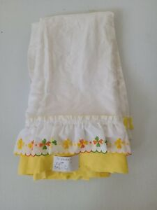 Vintage Embroidered Valance Curtains Yellow Green Orange Floral 3 Panels