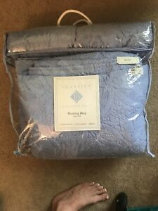 Classics by Eileen West Wedding Ring quilt set king