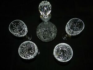 Crystal Glass Wine Decanter / Carafe with Glass Stopper and 4 Matching Glasses
