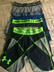 LOT of 4 MENS X LARGE UNDER ARMOUR COMPRESSION SHORTS HEATGEAR FREE SHIPPING!!! $33.00