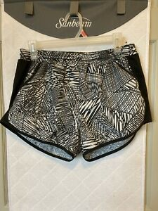 UNDER ARMOUR SHORTS WOMENS SIZE M? $12.00