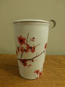 Tea Forte Cup Ceramic Tea Cup with Infuser Basket and Lid