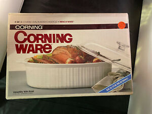 CorningWare French White 4 Quart Oval Roaster with Glass Lid Covered Casserole