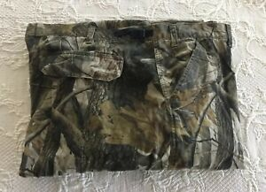 OUTFITTERS RIDGE Mens Camo Cargo Pants Realtree Hardwood Hunting Size 50 x 31