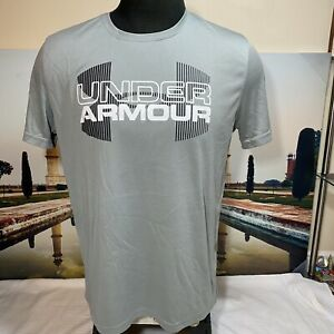 Under Armour Heatgear Loose Men's Short Sleeves Logo Gray T shirt Size Large $16.99