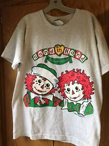 VTG 1998 Raggedy Ann amp; Andy Hand In Hand Christmas Snowden Neck T shirt Med $9.00