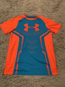 Boys Under Armour Youth XL Fitted Heat Gear Shirt $7.99