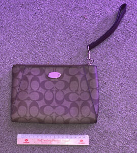 Coach Purse Brown Leather Preowned Very Nice