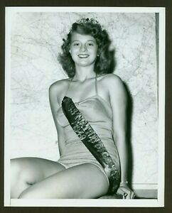 SEXY ORIGINAL ACME NEWSPICTURES PHOTO quot;MISS NATION#x27;S CAPITALquot; SWIMSUIT VF 1949