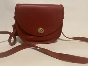 VINTAGE COACH WATSON RED CROSSBODY BAG 9981 EXCELLENT CONDITION