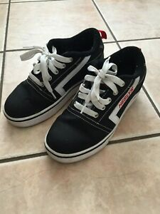 Heelys Youth Girls Shoes Size: 3  Black Canvas Classic Beach style $14.00
