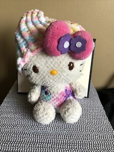 Hello Kitty 8'' Yarn Plush