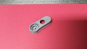 VINTAGE GENUINE SINGER SEWING MACHINE #161231 BUTTONHOLER EYELET TEMPLATE *USED* $34.95