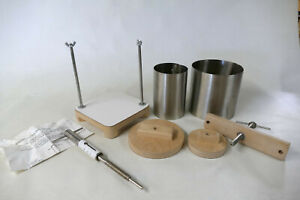Hoegger Cheese Press with Pressure Scale