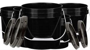 1 Gallon Black Food Grade Bucket BPA Free Food Grade Pails with Lids Pack of 5