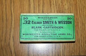 VINTAGE WINCHESTER .32 CALIBER SMITH & WESSON BLANK CARTRIDGE BOX GREEN LABEL