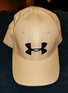 UNDER ARMOUR MEN'S FITTED GOLF HAT  WITH USA FLAG ON BACK WHITE LXL