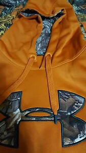 Lot of 3 Under Armour Hoodies 3xlt