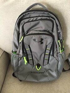 Under Armour Storm Recruit Laptop Backpack Bag Graphite and Green