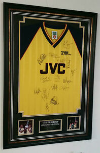 *** 1988 1989 Arsenal Signed Shirt Autograph Display *** ANFIELD 89 signed Shirt