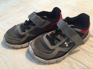 Toddler Boys Under Armour shoes