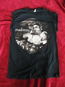 RAISED GRAPHICS Vintage MADONNA The Virgin Tour 1985 OFFICIAL Muscle Shirt Promo