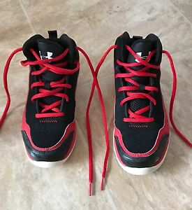 Under Armour UA Kids Youth Boys Jet Basketball Sneakers Shoes RedBlack Size 3Y