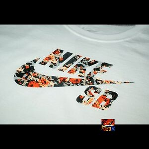 Nike SB Janoski Digi-Floral Logo T-Shirt Tee - White - Large NEW WITH TAGS