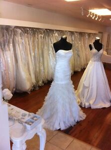 Wedding bridemaid cocktail dresses jewelry mannequins furniture.. ALL GOES